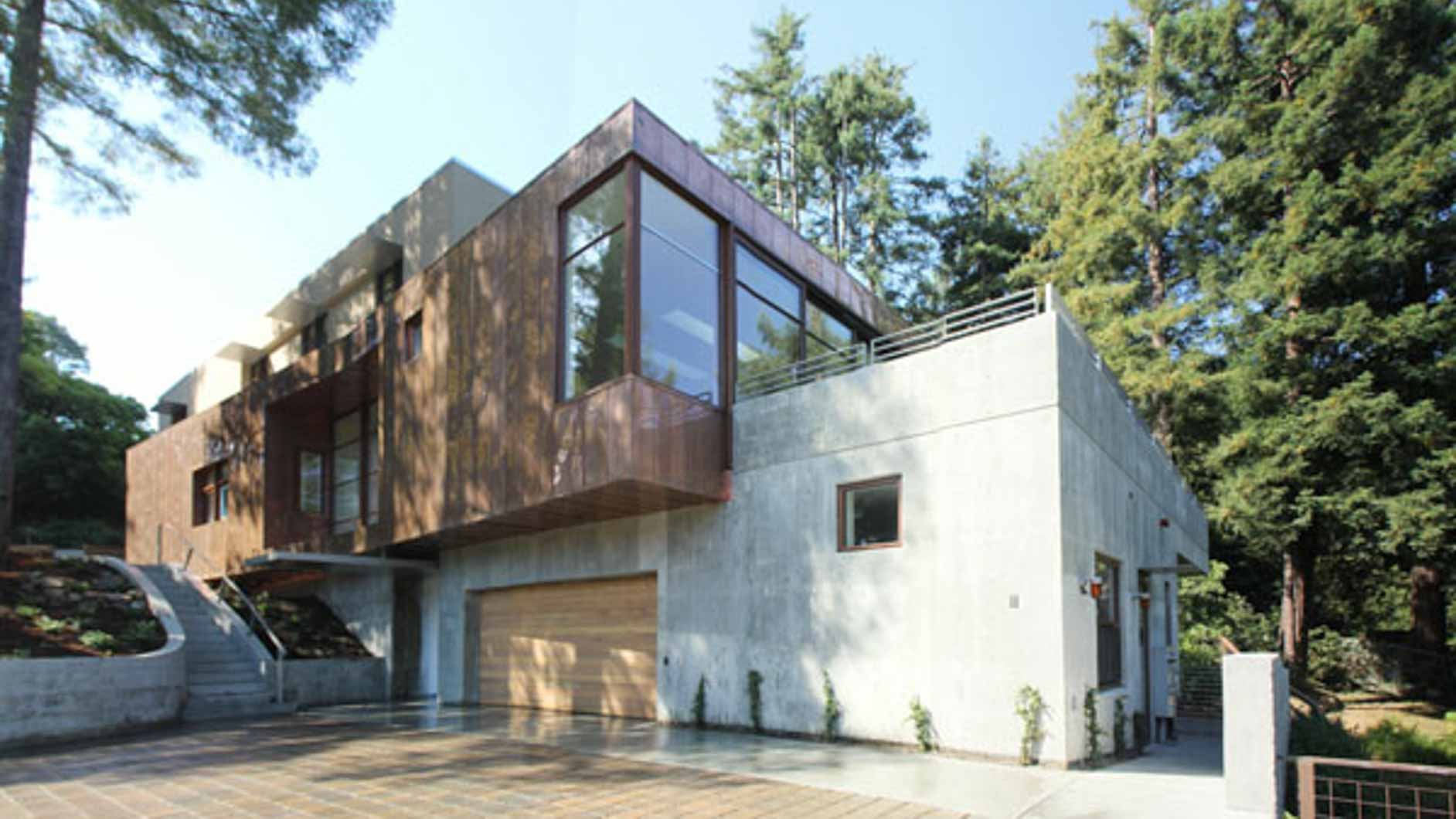Rammed Earth Homes for Sustainability